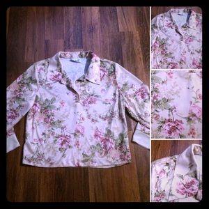 🦋2/$10 or 5/$20 Vintage Floral Top